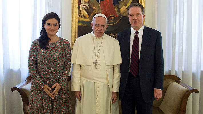 Voceros del Papa Francisco renuncian sorpresivamente a sus cargos en el Vaticano