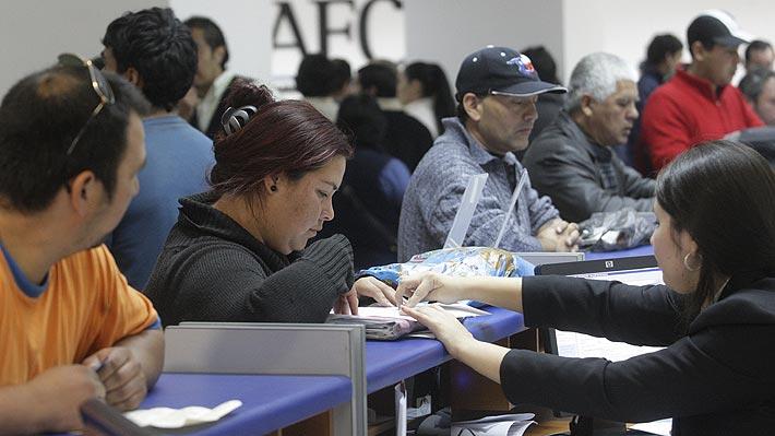 El contraste de las cifras sobre empleo que entrega el INE y los datos administrativos que destaca el Gobierno