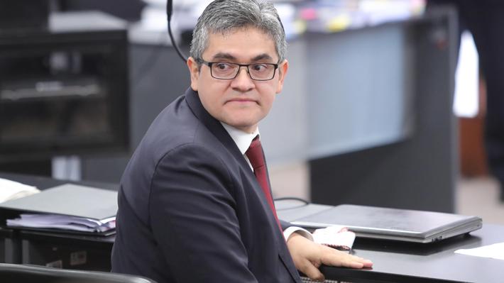 Odebrecht: Uno de los fiscales peruanos se declara indignado por su destitución y afirma que defenderá su fuero