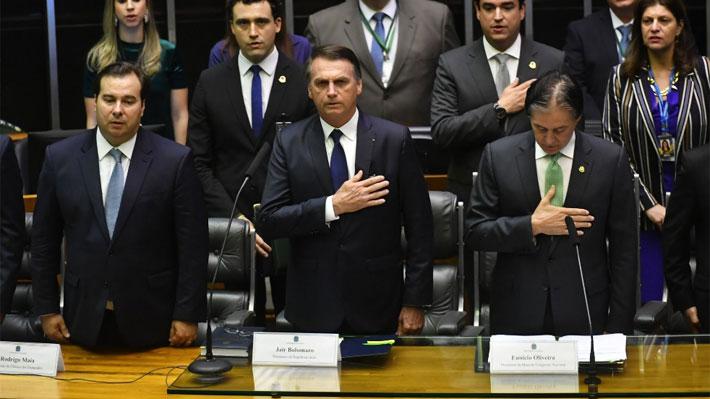 """Bolsonaro juró como nuevo presidente de Brasil: """"Prometo construir una sociedad sin discriminación"""""""