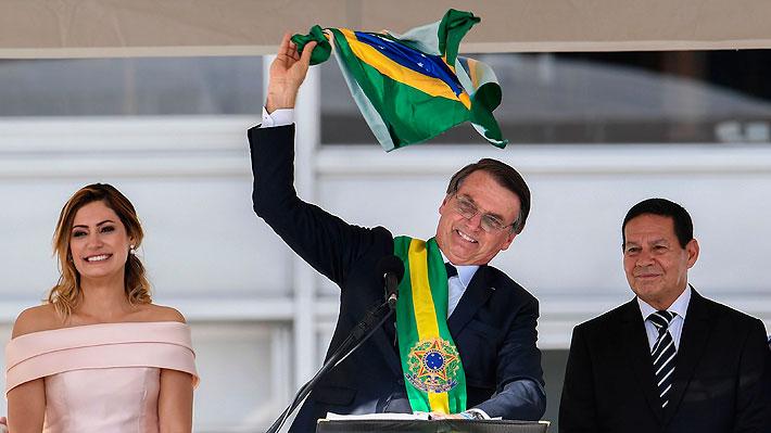 """Bolsonaro tras recibir la banda presidencial: Brasil """"comienza a liberarse del socialismo"""""""