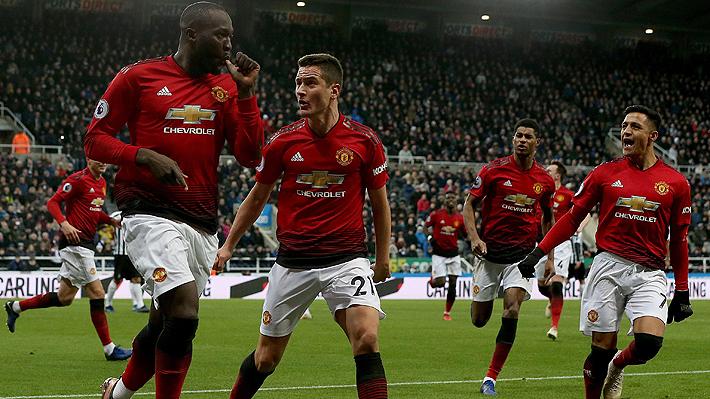 Cómo jugó Alexis en su regreso con el United tras más de un mes fuera de las canchas