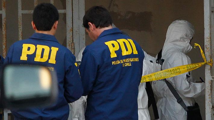 En riesgo vital queda menor baleado afuera de su casa por sujetos en Las Condes