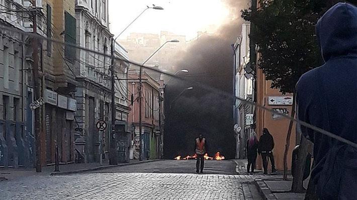 Trabajadores portuarios retoman movilizaciones en Valparaíso tras acusar incumplimiento del acuerdo por parte de TPS