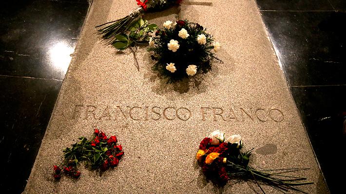 Encargado del mausoleo de Francisco Franco en España impide su exhumación