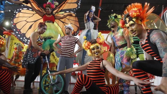 Una gigante de madera y más de 100 actividades: Los espectáculos gratuitos de Santiago a Mil 2019