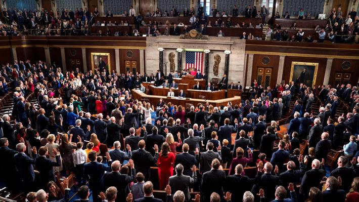 Demócratas aprueban proyecto para reabrir el Gobierno federal y tratar de frustrar la promesa del muro de Trump