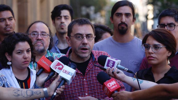 """Ideólogo del Podemos duda de cifras de respaldo hacia Kast y llama a estar atentos ante el """"auge de la extrema derecha"""""""