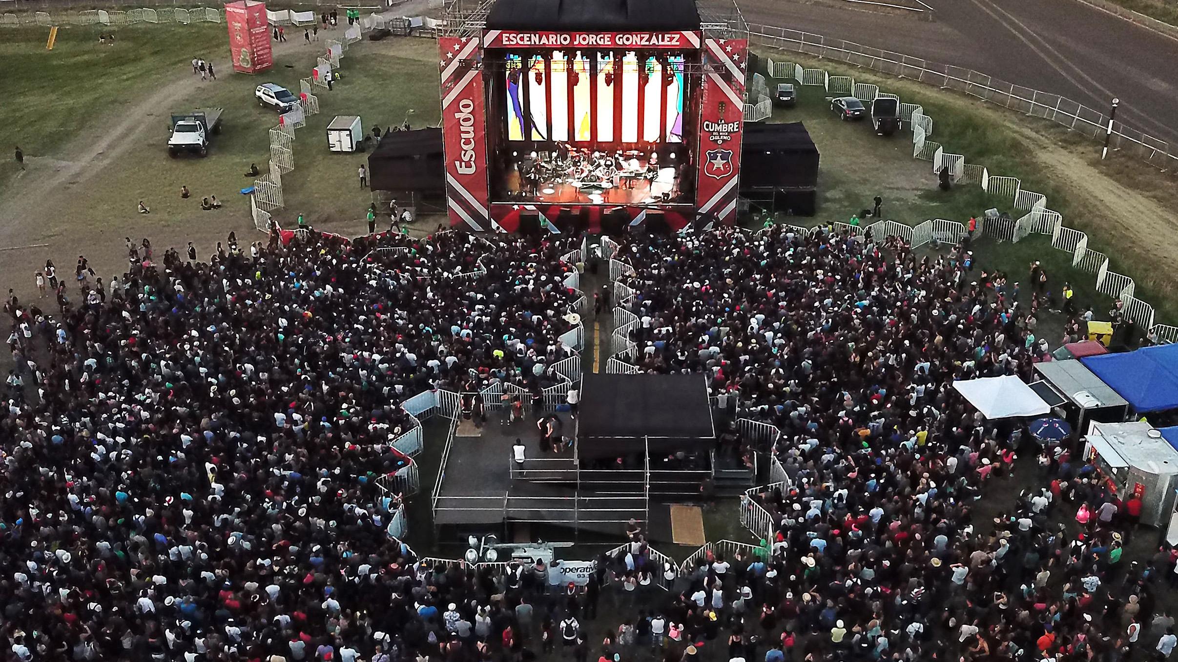 La Cumbre del Rock Chileno cambia de fecha y genera indignación entre quienes adquirieron entradas