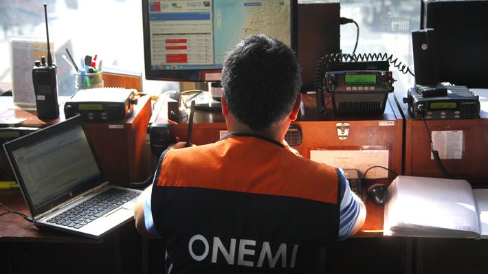 Reporte de la Onemi: 12 incendios forestales se encuentran activos y ocho comunas están con alerta roja