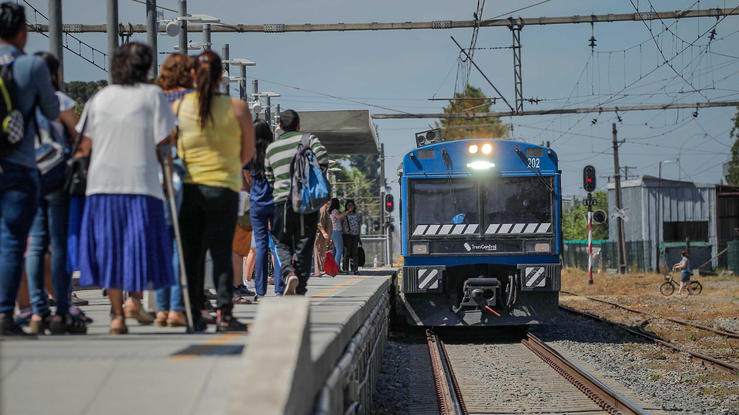 EFE anuncia que modernizará el tren Santiago-Chillán y mejorará el recorrido a Rancagua
