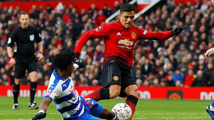 Alexis juega un gran partido, regala otra lujosa asistencia y se va ovacionado, aunque con molestias físicas