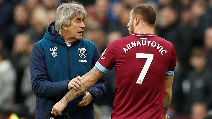 Mira las imágenes del encontrón que Pellegrini tuvo con Arnautovic y que generó polémica en duelo del West Ham