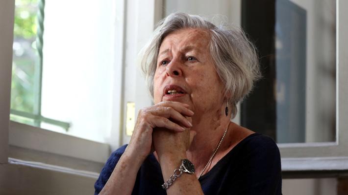 Adriana Valdés asume como la primera mujer en dirigir la Academia Chilena de la Lengua en sus 133 años de existencia