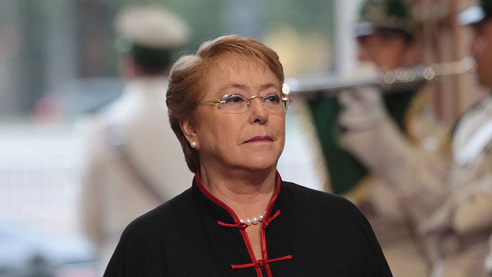 """Columna del Financial Times asegura que Michelle Bachelet """"encajaría perfecto"""" en la presidencia del Banco Mundial"""