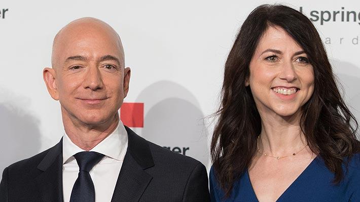 Bezos y su esposa MacKenzie se divorcian tras 25 años y queda en juego fortuna de US$137.000 millones