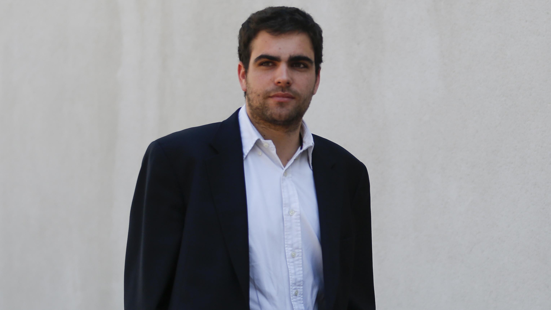 Profesor de la UC y abogado en demanda marítima: ¿Quién es el joven asesor presidencial en un cargo de la APEC?