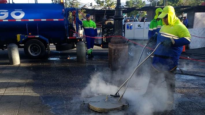 Algo huele mal: Municipios refuerzan planes para eliminar la orina de las calles