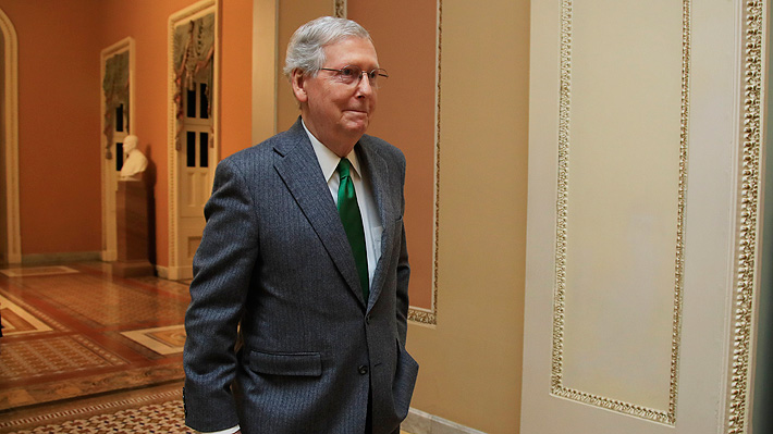 Intento para restaurar el funcionamiento del Gobierno de EE.UU. no prospera: líder republicano en el Senado se opone
