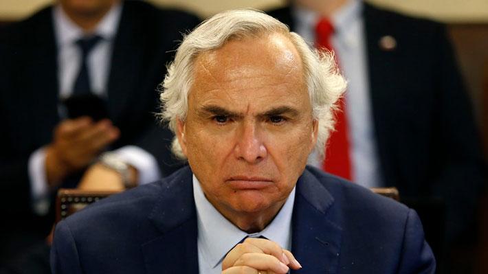 """Chadwick en la lupa de ex ministros del Interior de la oposición: """"Ha sido honesto, no aportaría que renuncie"""""""