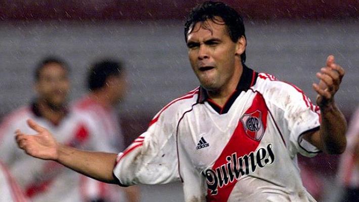 Histórico jugador de River Plate aprueba la llegada de Paulo Díaz al club y lo llena de elogios