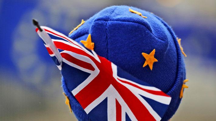 """Brexit: UE afirma que quiere evitar la aplicación de la """"salvaguardia"""" en la frontera irlandesa"""