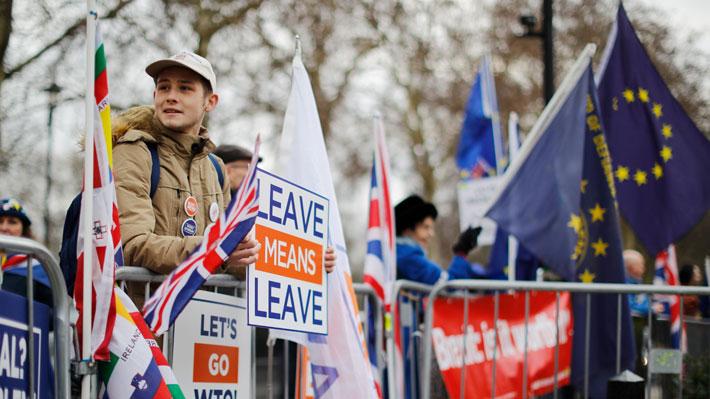 Desde un Brexit sin acuerdo hasta su suspensión: Los posibles escenarios ante la histórica votación en el Parlamento británico