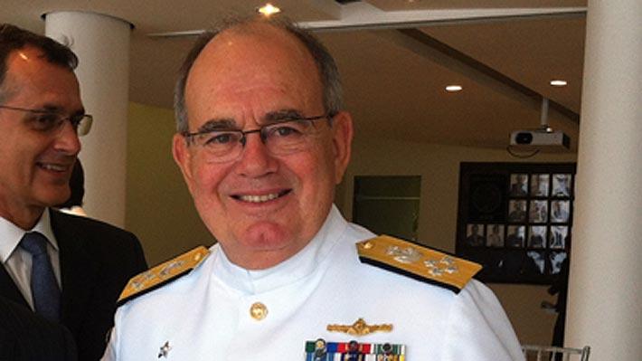 Gobierno brasileño propone a un almirante, con formación en Chile, para presidir la empresa Petrobras