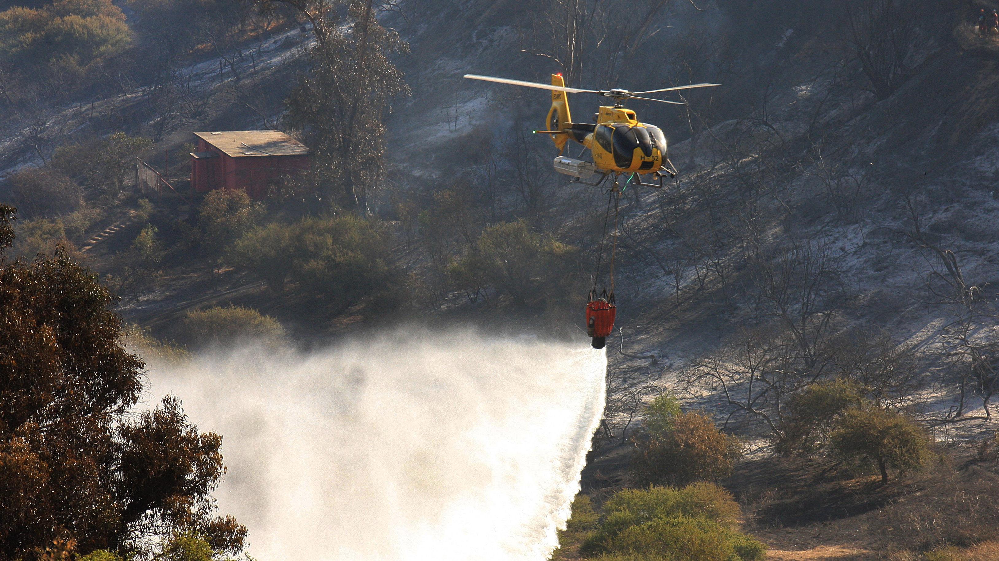 Más incendios, pero menos hectáreas afectadas: La estrategia del Gobierno para combatir el fuego