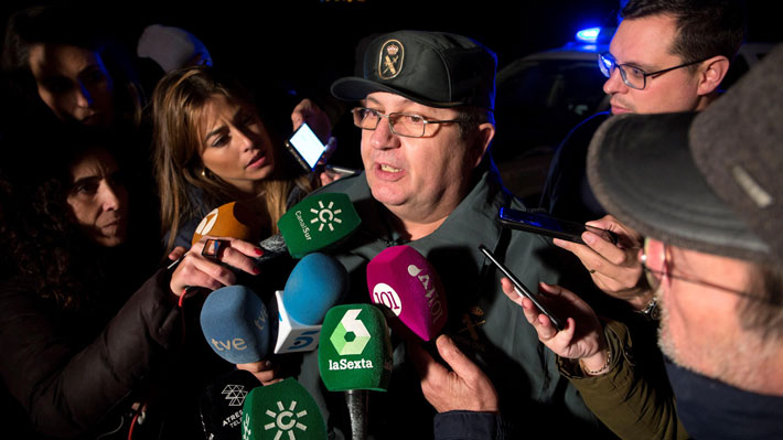 Policía sostiene operativo de rescate en Málaga por niño de dos años que habría caído a pozo de 100 metros de profundidad