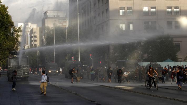 Manifestación a dos meses de la muerte de Camilo Catrillanca termina con cinco detenidos en Santiago