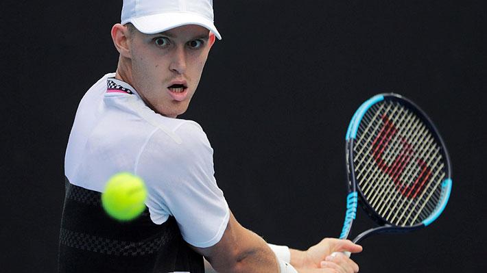 Jarry lucha ante el argentino Mayer, pero cae en cuatro sets y se despide en primera ronda en el Abierto de Australia