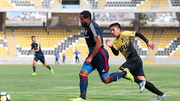La U de Kudelka golea en su primer amistoso del 2019 con cinco fichajes en su equipo titular