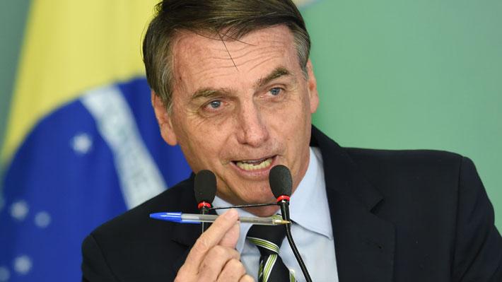 Jair Bolsonaro firma decreto que flexibiliza la posesión de armas en Brasil
