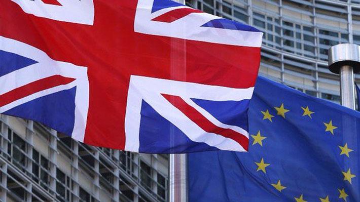 La Unión Europea presiona a Londres para aclarar sus intenciones con el Brexit tras el fracaso de May