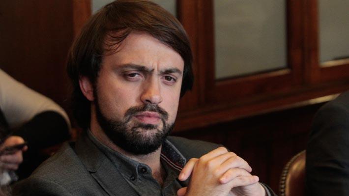 Sharp pide no adelantar carrera electoral por Valparaíso tras anuncio de presidente de RN