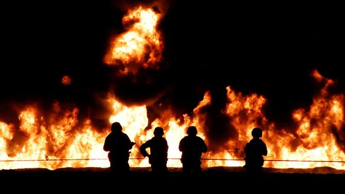 A 66 personas suben los fallecidos tras explosión en toma clandestina de bencina en México