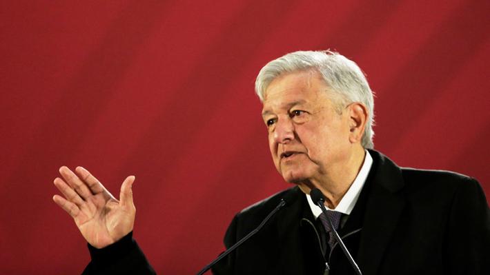 """López Obrador: """"Tenemos que seguir con el plan de acabar con los robos de combustibles"""""""