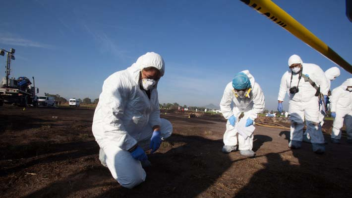 Aumenta a 85 la cifra de fallecidos por explosión en toma clandestina de bencina en México