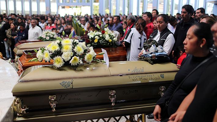 Sube a 93 el número de fallecidos en explosión de toma ilegal de combustible en México