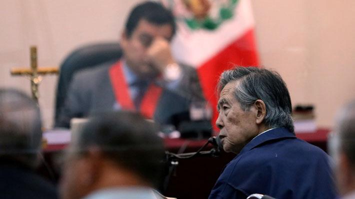 Ex Presidente peruano Alberto Fujimori es trasladado a prisión tras salir de clínica en Lima