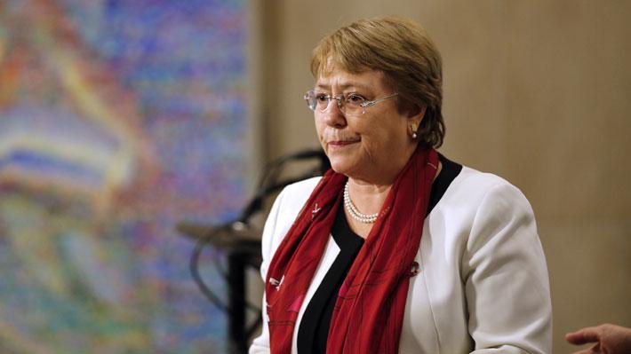 """Bachelet tilda de """"muy preocupante"""" la situación en Venezuela y llama a buscar una """"solución política pacífica"""""""