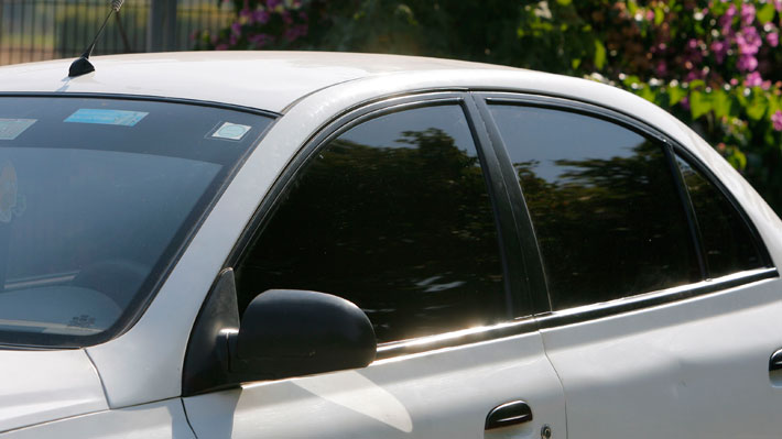 cf618146b4 La nueva normativa establece la legalidad de usar vidrios tintados, aunque  apegándose al reglamento que debe elaborar el Ministerio de Transportes.