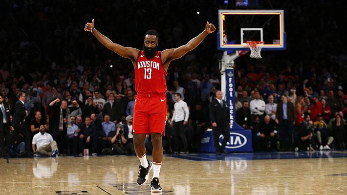 James Harden iguala récord de Kobe Bryant y se encumbra como favorito para ser el mejor de la temporada en la NBA