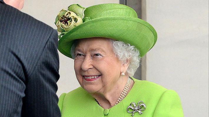 """Reina Isabel II pide encontrar """"terreno común"""" ante la votación del Brexit"""
