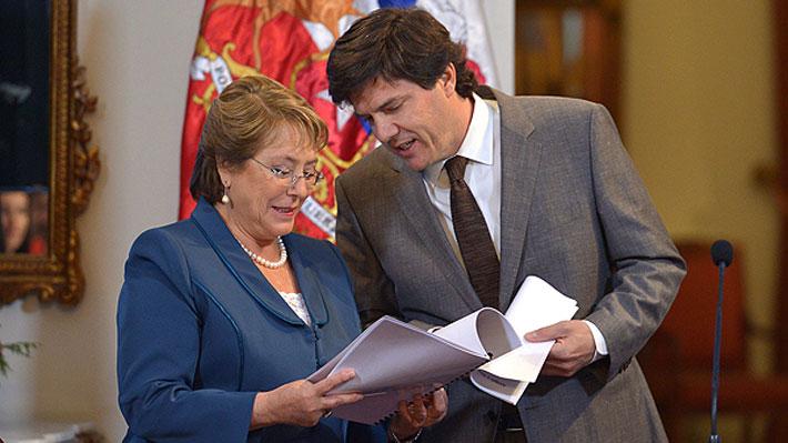 Bachelet anuncia US$ 4.200 millones para transporte público y nueva línea para Metro