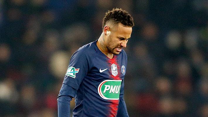 Lesión sufrida por Neymar lo dejaría fuera del duelo del PSG ante el United de Alexis por la Champions
