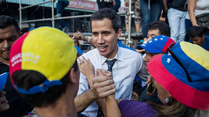 Guaidó convoca a manifestaciones contra Nicolás Maduro para este miércoles y sábado