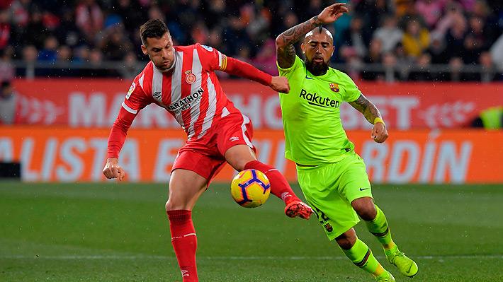 """Prensa española criticó a un """"desconcertante"""" Vidal que mostró su malestar tras ser reemplazado en victoria del Barcelona"""