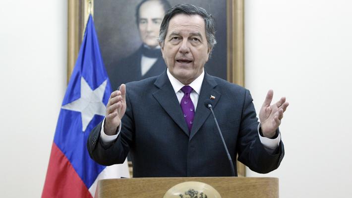 """Ampuero subraya necesidad de que Bachelet """"haga su aporte"""" para poner fin a la crisis en Venezuela"""